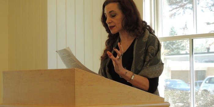 Translator extols poetry