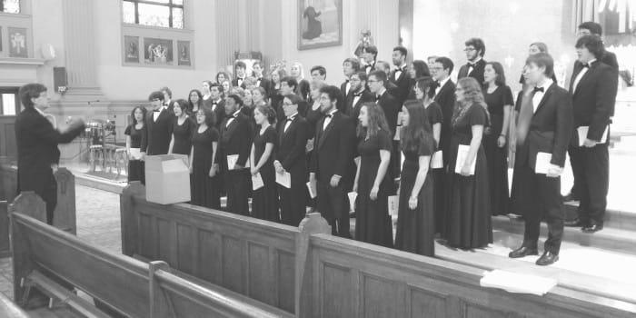 Tour focuses, unites Chamber Singers