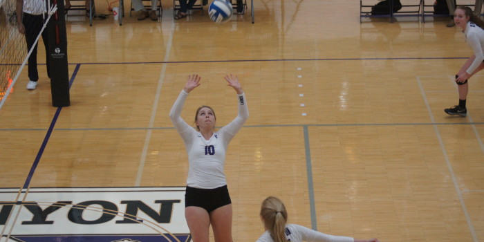 Ladies volleyball rules the roost at Kenyon College Invitational