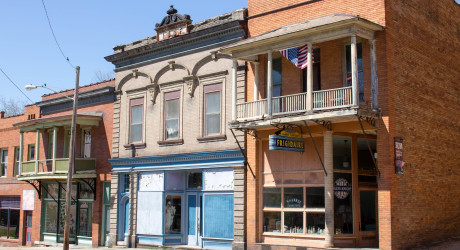 Shawnee, Ohio: Not just a ghost town