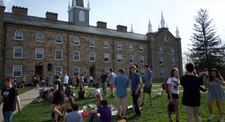 Saturday's WKCO Fest brought picnickers to South Campus
