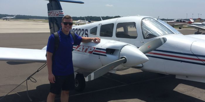 Physics alumnus will soon be able to fly commercial planes